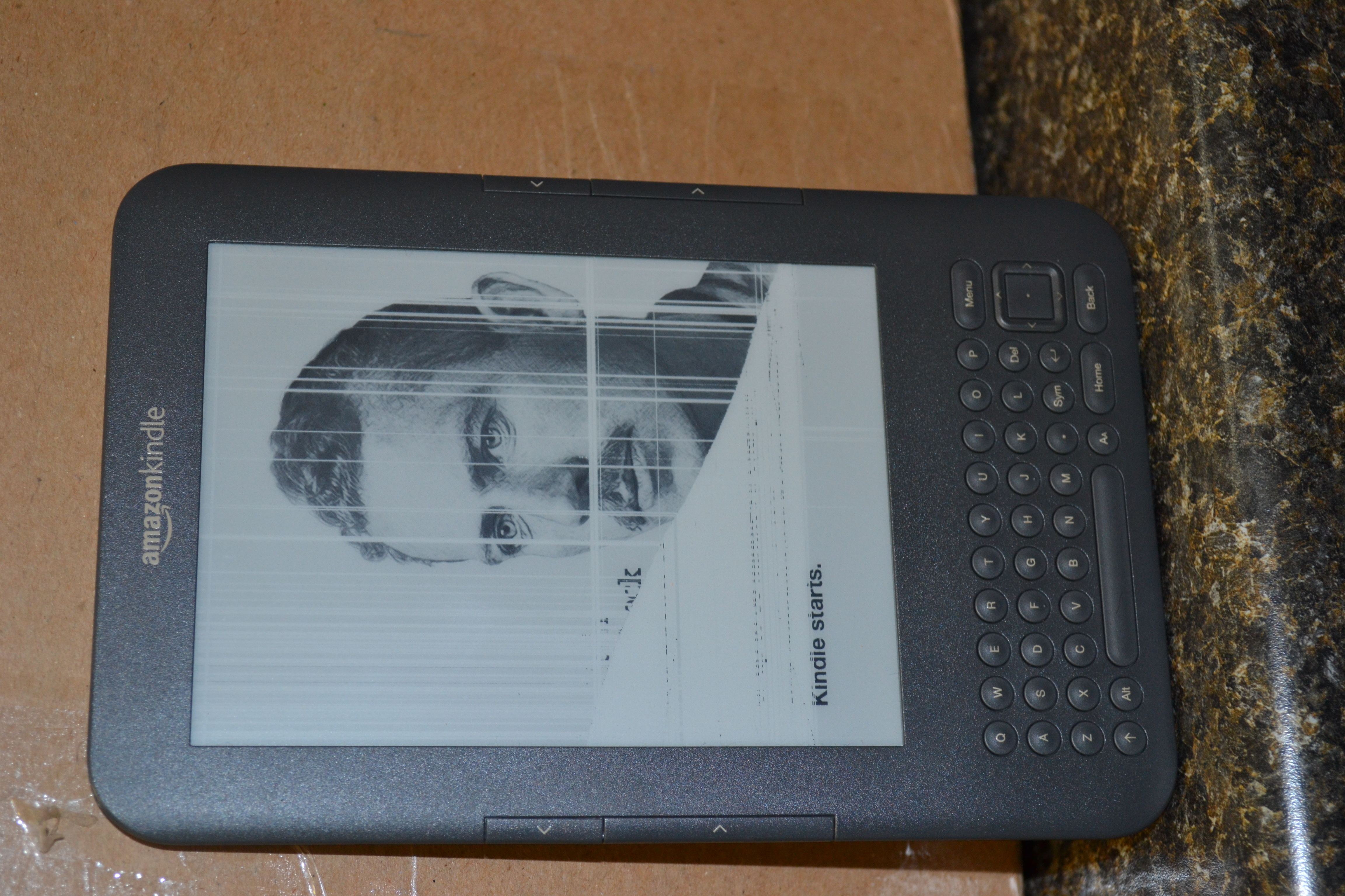 Kindle 3 Screens Repairs- we're getting through the waiting list